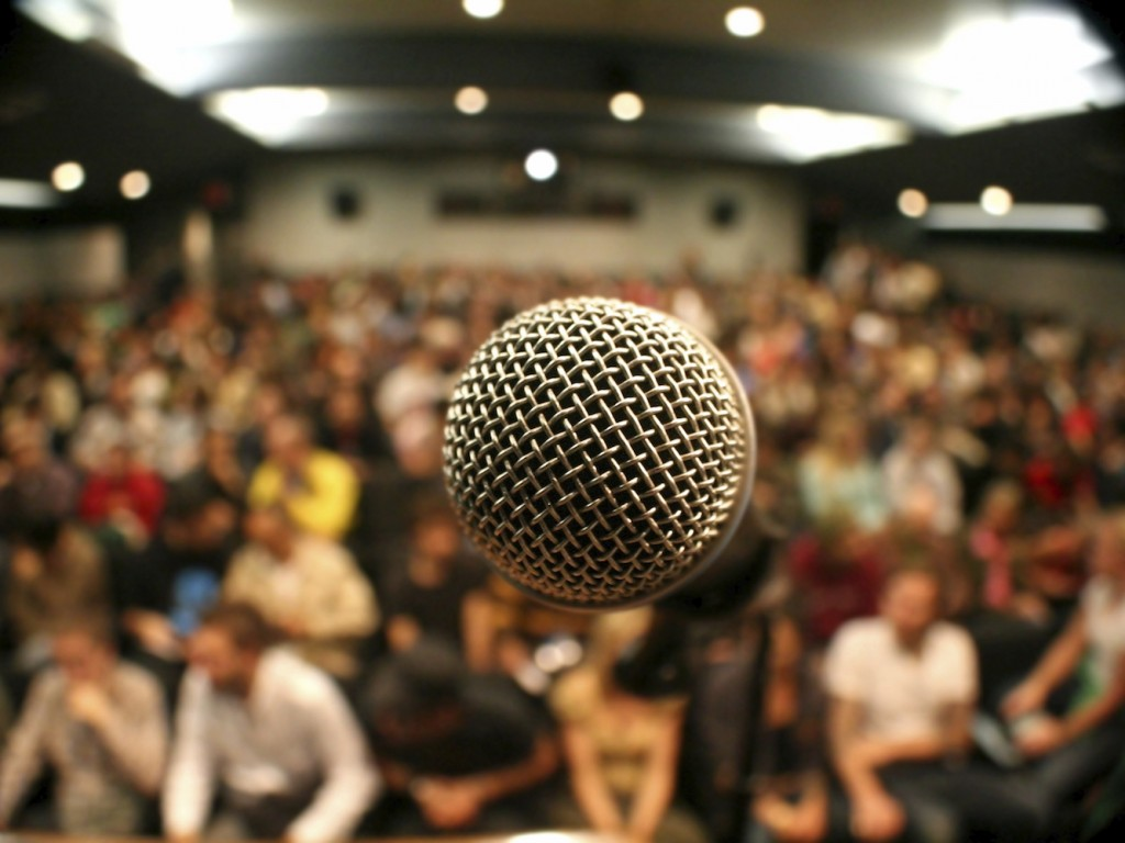 microphone - iStock_000000894827_Large copy
